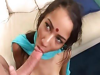 Gorgeous indian slut gets fucked hard in the bed