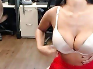 Real Amateur Indian Desi Masturbates At Work On Public Webcam
