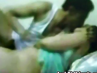 Amateur Arab girlfriend gets cunt filled by cock
