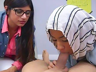 Check out the way arab bitches discover the oral