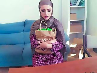 Arabian slut gets her big butt doggy styled in POV