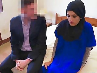 Pussy of Arab ex girlfriend stretched in doggy