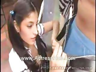 Indian 18+girls fucking video